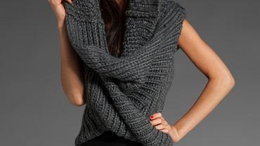 Sweter Improvd, 275 dolarów