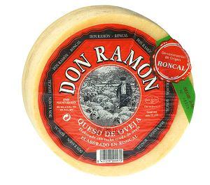 hiszpańskie specjały - ser pleśniowy roncal - z mleka owczego