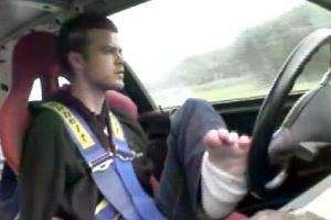 Bartek -24 letni kierowca bez rąk