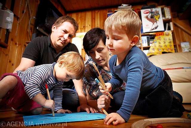 Anna Nagajska i Thomas Kensy, Aleks 3 lata, Julka 18 miesięcy.