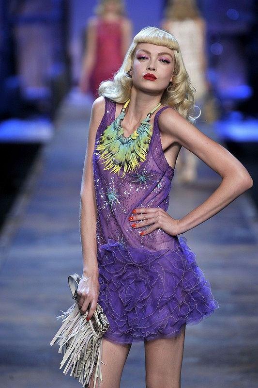 Pokaz Dior Paryż/ kolekcja wiosna-lato 2011