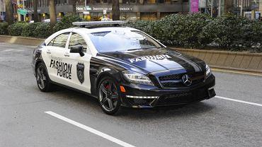 Mercedes CLS - modowy patrol na Mercedes-Benz Fashion Week 2011
