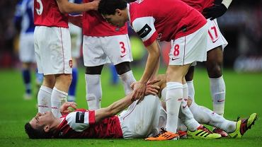 Robin van Persie, Samir Nasri, finał Pucharu Ligi
