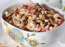 Sałatka z selerem i kukurydzą - ugotuj