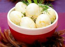 Marmurkowe jajka wielkanocne - ugotuj