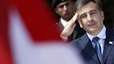 Prezydent Micheil Saakaszwili przyjmuje defiladę z okazji rocznicy niepodległości Gruzji