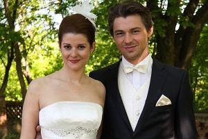 Wreszcie nadszedł ten wielki dzień. Anna (Marta Ścisłowicz) i Michał (Andrzej Niemyt) pobierają się!
