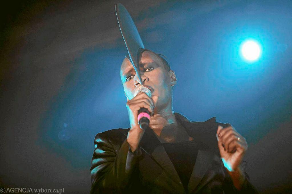 Koncert Grace Jones na Open'erze w 2010 r. / Fot. Rafał Malko / Agencja Gazeta