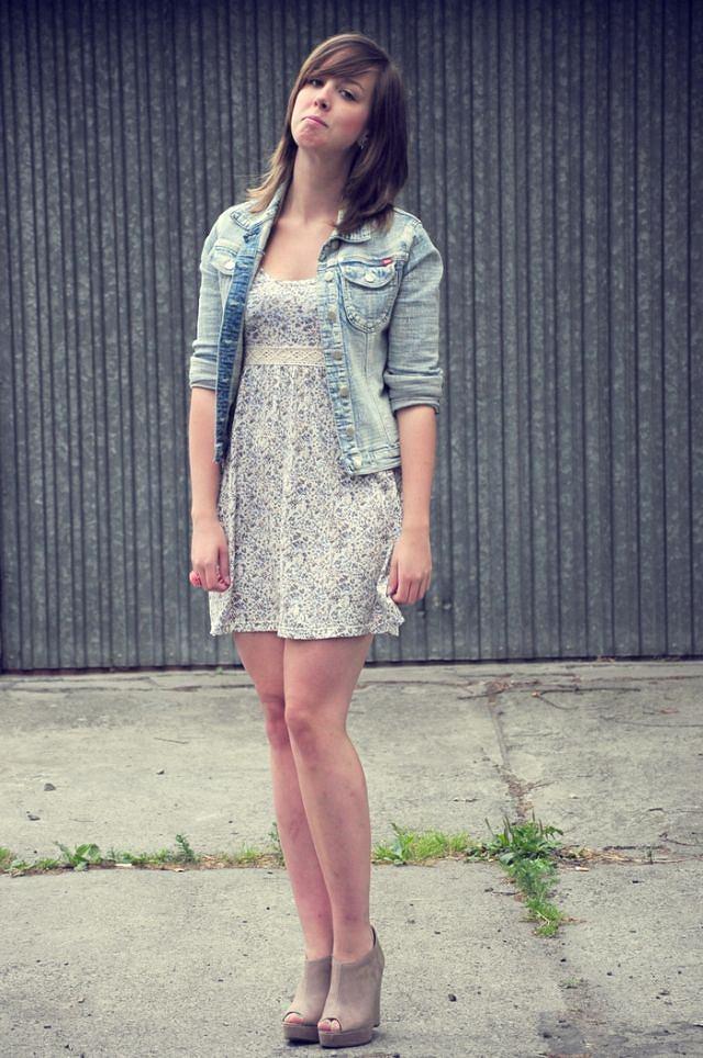 sukienka - H&M, żakiet - second hand, torba - house, buty - New Look, pierścionek - Claire's, kolczyki ptaki - Accesorize, kolczyki kokardy - DIY