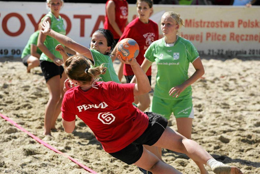 Turniej plażowej piłki ręcznej w Starych Jabłonkach