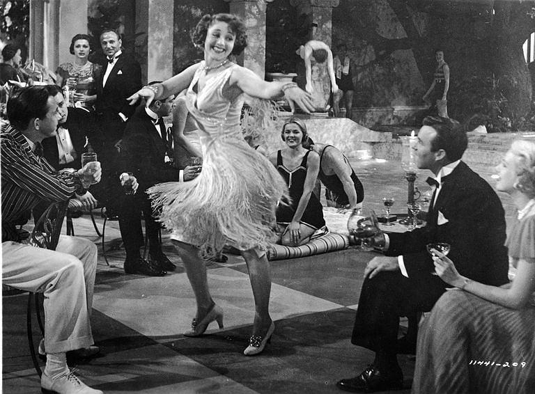 Sukienka z frędzlami w filmie 'Wielki Gatsby' z roku 1949