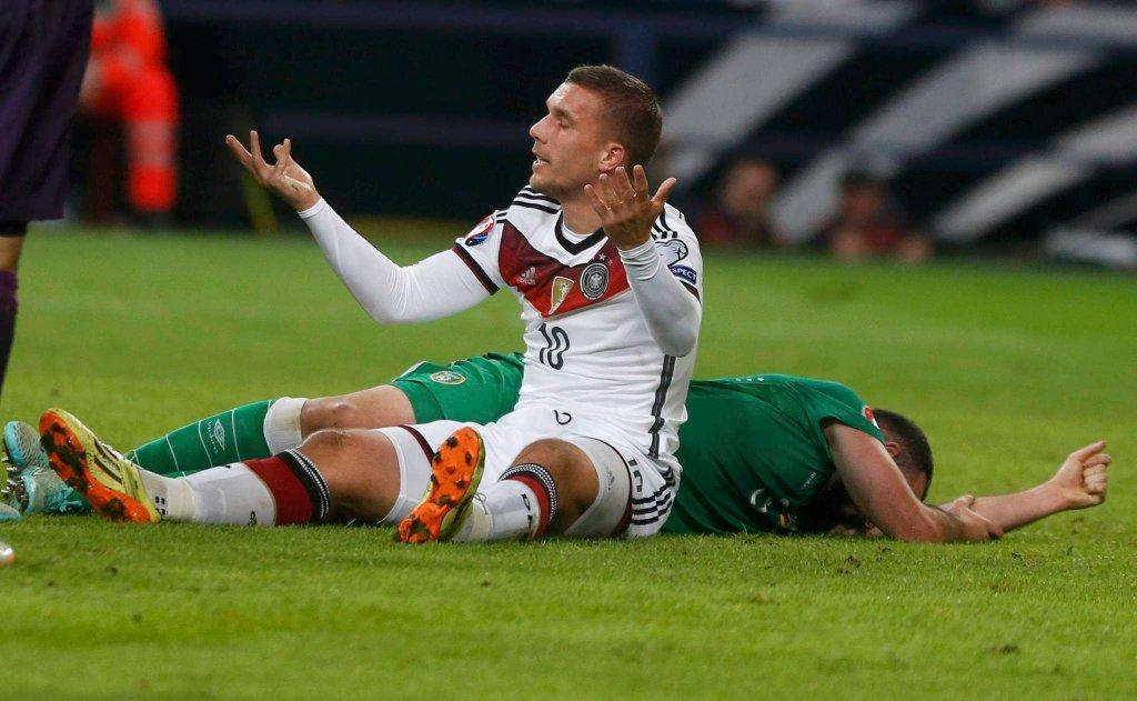 Lukas Podolski mógł grać w reprezentacji Polski, ale nikt się do niego nie zgłosił.