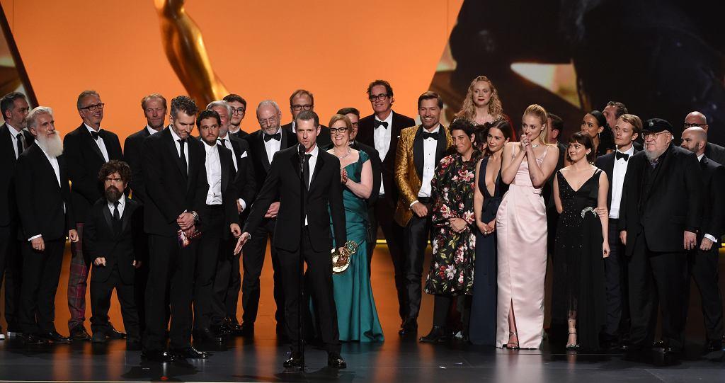 Emmy 2019. Twórcy i obsada 'Gry o tron' uhonorowani statuetkami dla najlepszego serialu dramatycznego podczas 71. gali rozdania nagród Amerykańskiej Akadeimi Telewizyjnej.