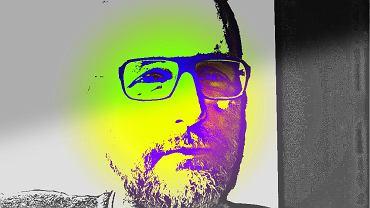 Jakub Demiańczuk, autor podcastu 'Wyrwane z kontekstu'
