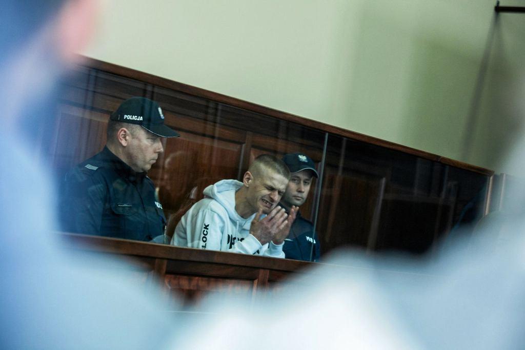 Tomasz Komenda w chwili decyzji sądu zwalniającej go z więzienia po 18 latach (fot. Krzysztof Ćwik/AG)