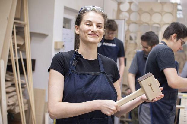 Tu nauczysz się lutować, haftować i budować własne instrumenty. Fab Lab stawia na kobiety