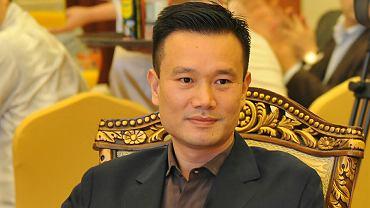 Ye Jianming, prezes koncernu CEFC China Energy