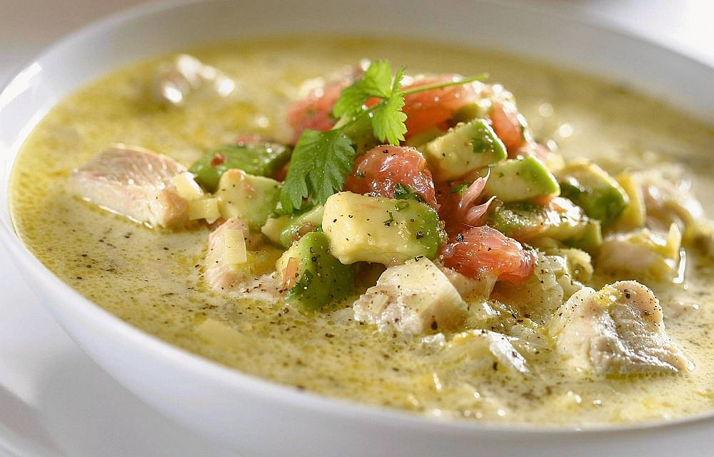 Zupa rybna z awokado