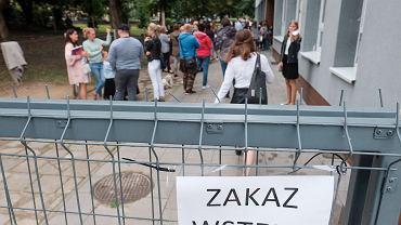 Ekspert o nowych zasadach dot. nauki w czasie pandemii: Dzielimy młodych Polaków na lepszych i gorszych