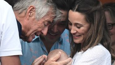 Pippa Middleton na wakacjach z mężem i synem