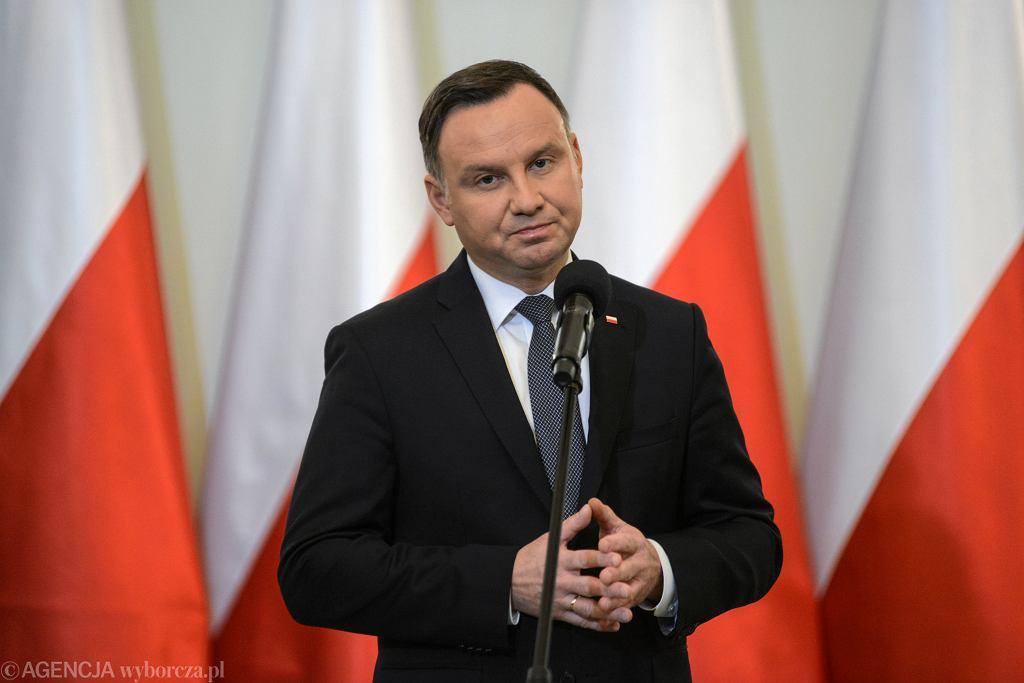 Ponad połowa Polaków uważa, że szczegóły stanu zdrowia prezydenta RP powinny był podane do wiadomości publicznej.