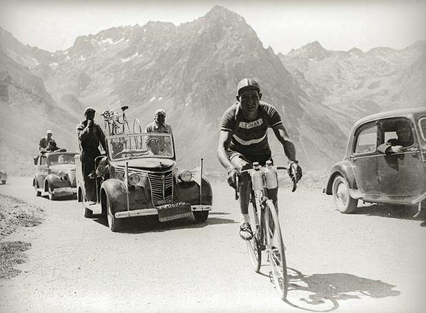 Rok 1948, Gino Bartali walczy w Tour de France