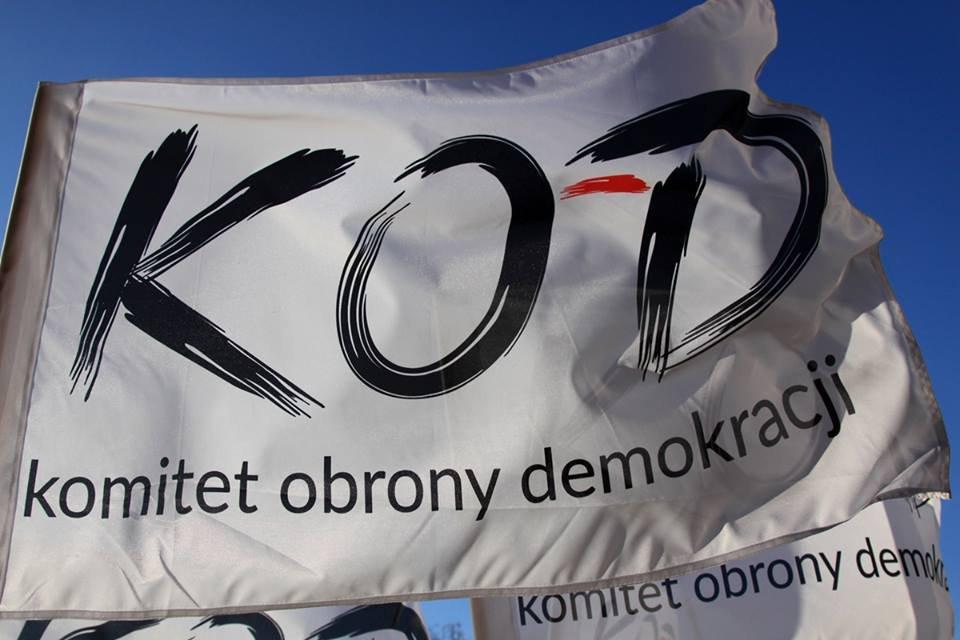 Komitet Obrony Demokracji (KOD).