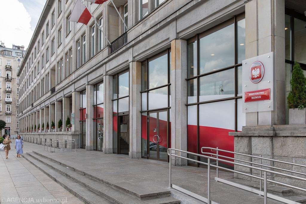 Budynek Ministerstwa Rozwoju, Pracy i Technologii