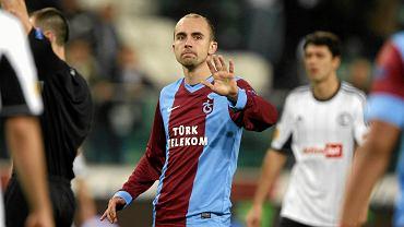 Adrian Mierzejewski podczas meczu Ligi Europy Legia Warszawa - Trabzonspor, jeszcze w barwach tureckiego zespołu