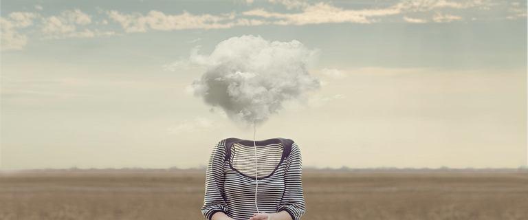 """Mgła mózgowa. """"Może być objawem wielu schorzeń, w tym przewlekłego stresu"""""""