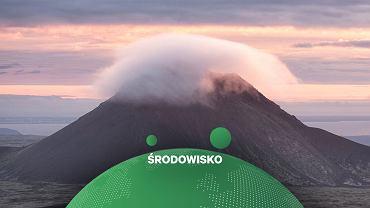 Islandia, Wulkan Keilir zakryty chmurą