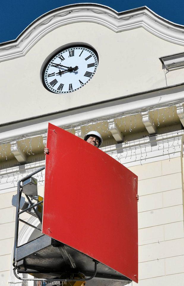 Zdjęcie numer 5 w galerii - Ratuszowa zagadka rozwiązana. Bydgoszcz ma nowy zegar [ZDJĘCIA]