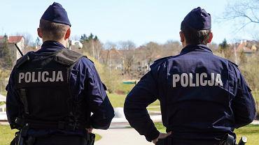 Patrol policji (zdjęcie ilustracyjne)