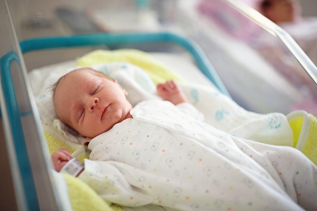 Pielęgnacja noworodka - przemywanie oczu, pierwsza kąpiel, pieluszkowe zapalenie skóry. O czym powinni pamiętać rodzice?