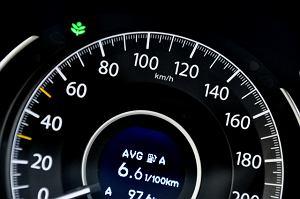Producenci aut oszukują klientów! Manipulacje podczas testów