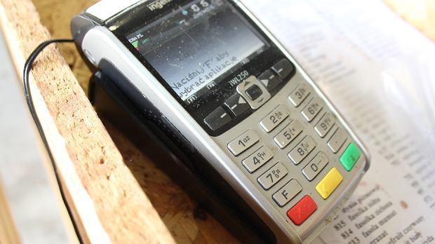 POS, terminal płatniczy, karta płatnicza