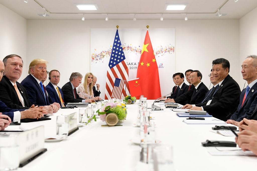 Trump nadal toczy handlową wojnę z Chinami