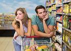 Kobiety i mężczyźni na zakupach. Jak polskie pary decydują o domowym budżecie