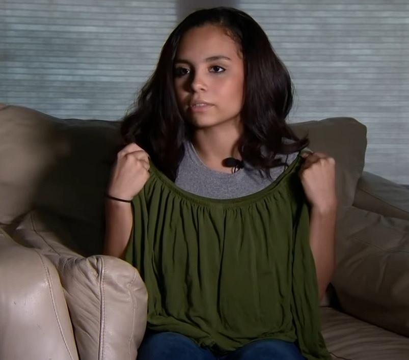 Bluzka nastolatki odsłaniała jej ramiona. Dyrektorka uznała, że to gorszące.