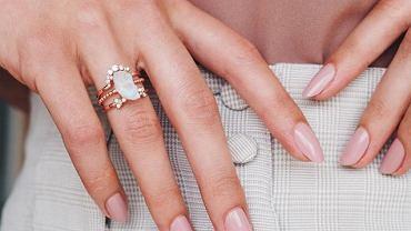 Najmodniejsze kolory paznokci na lato 2020
