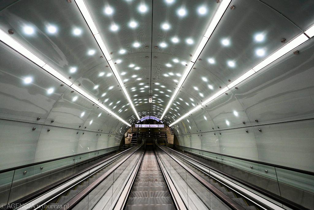 !Budowa stacji metra
