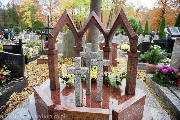 Zdjęcie numer 70 w galerii - Wszystkich Świętych we Wrocławiu. Cmentarze w kwiatach [ZDJĘCIA]