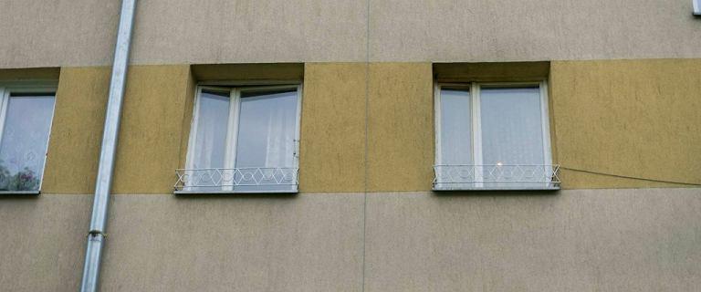 Poznań. Nie żyje 2,5-letni chłopiec, który wypadł z okna