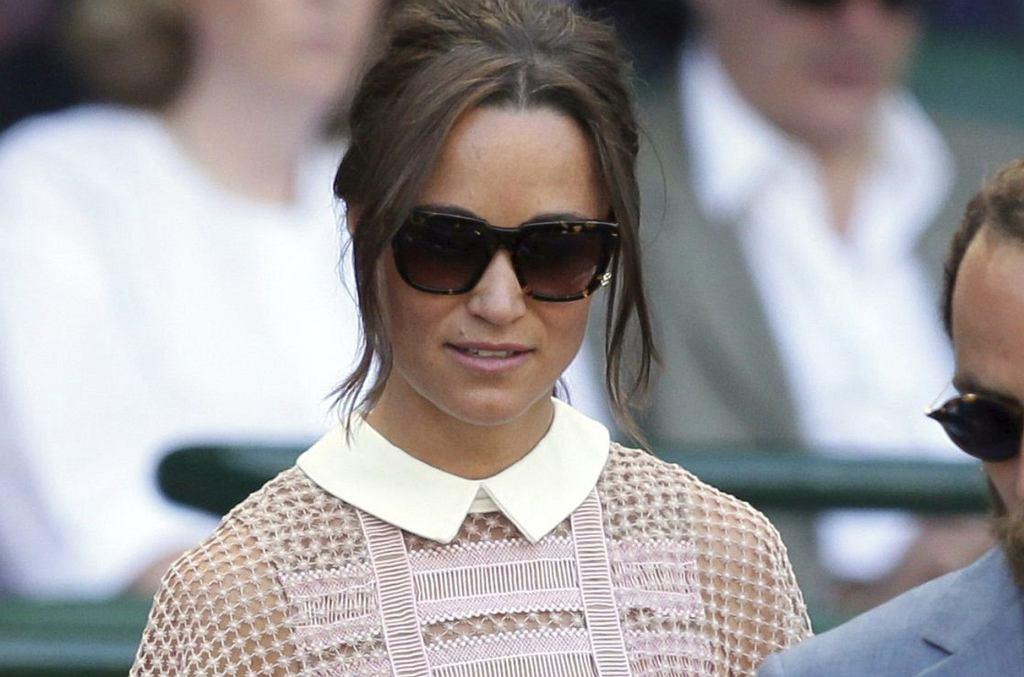 Pippa Middleton na meczu tenisa na Wimbledonie, trzeciego dnia imprezy