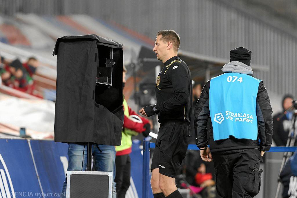 Tomasz Kwiatkowski podczas meczu Lotto Ekstraklasa Gornik Zabrze - Zaglebie Lubin