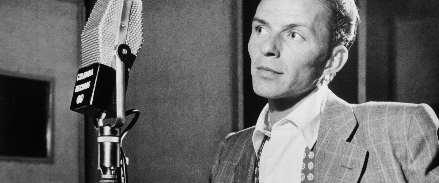 Frank Sinatra to prawdziwa legenda światowej muzyki (fot. Wikimedia Commons / domena publiczna)