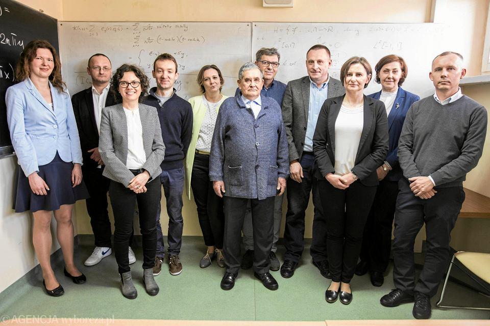 Prof. Jan Maria Kisyński wśród uczestników seminarium w Katedrze Matematyki Politechniki Lubelskiej