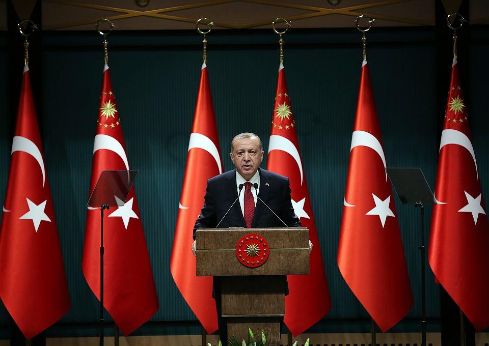 18.04.2018, prezydent Turcji Recep Erdogan ogłasza wcześniejszy wybory parlamentarne, 24 czerwca 2018 zamiast listopada 2019.