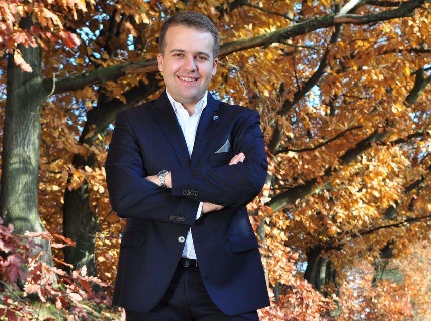 Marek Materek