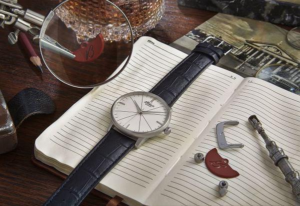 Zegarek marki Błonie. Cena: 1670 zł